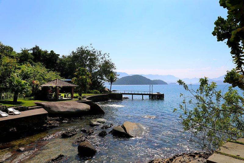 Beira Mar Com Vista Panorâmica E Estrutura Náutica, casa vacanza a Angra Dos Reis
