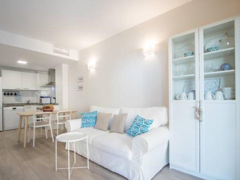 Sol y playa en san Juan Alicante, vacation rental in Sant Joan d'Alacant