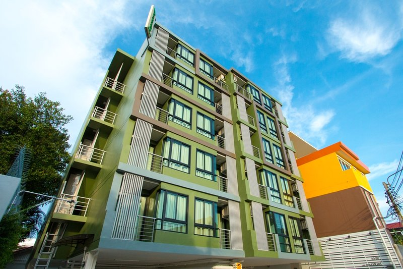 Peaberry Place, Stay Stylish in Quiet Neighborhood – semesterbostad i Bangkok