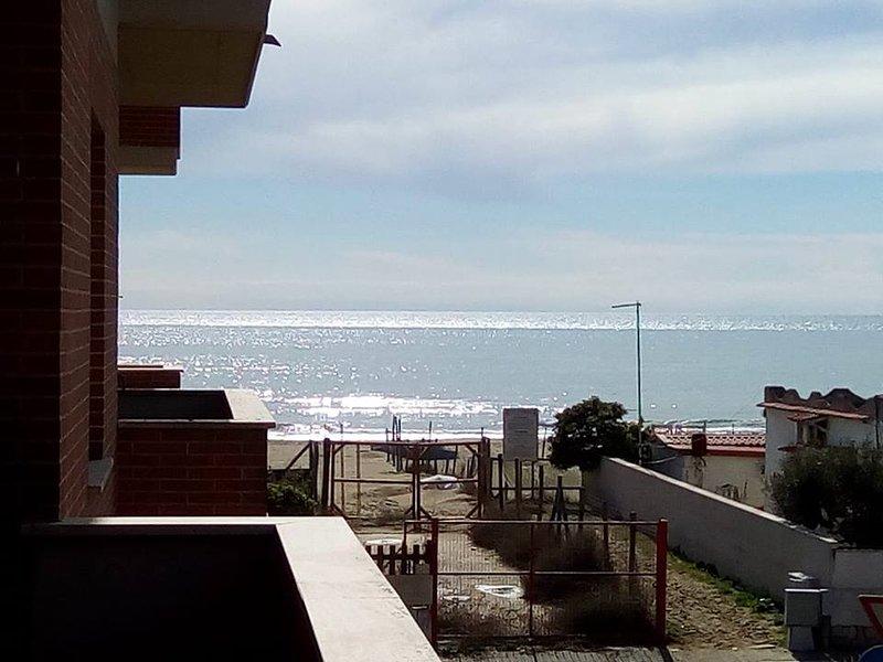 Tula 4 - Appartamento vista mare, location de vacances à Fiumicino