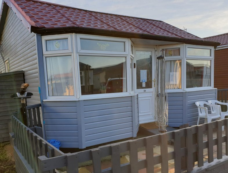 2 Bedroom Holiday Chalet Bridlington pets welcome, vacation rental in Bridlington