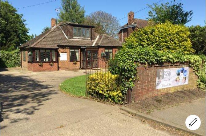 HIDEAWAY entire home rental 5 bedroom (sleeps 10), alquiler de vacaciones en Kingston-upon-Hull