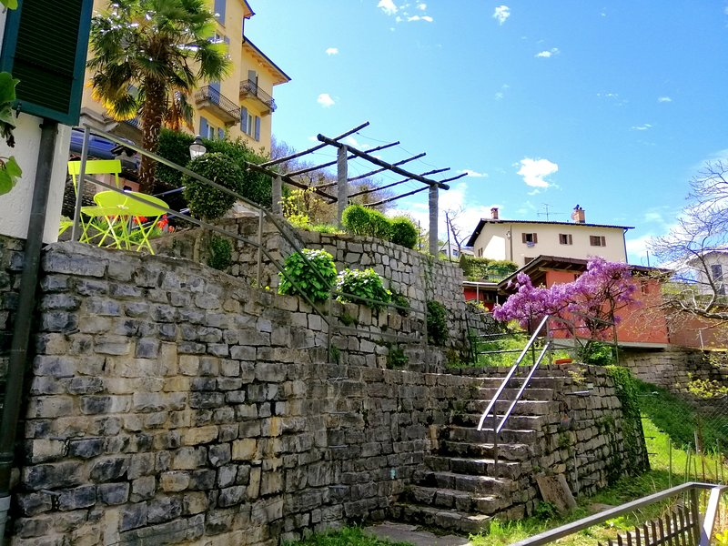 Modern Nature Home, casa vacanza a Riva San Vitale