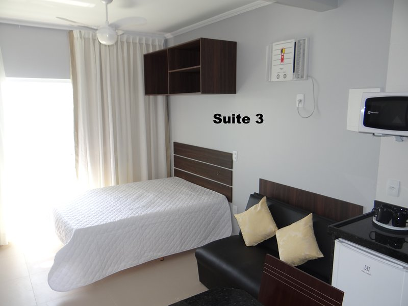 SUITES SOL DA MANHÃ 3, Ferienwohnung in Arraial do Cabo