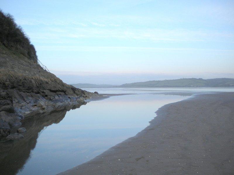 Scots Bay, Llanstephan A solo 10 millas de Carmarthen