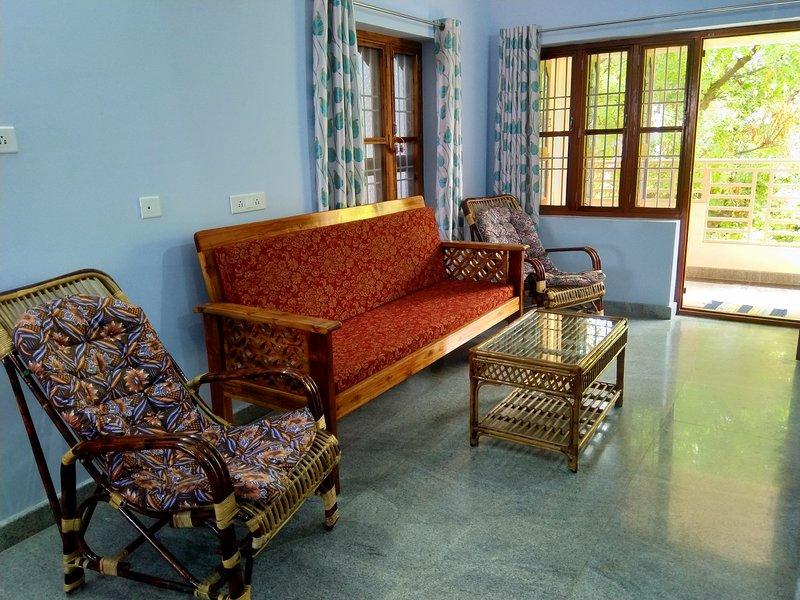 Mountain House near Ramana Ashram, location de vacances à Thiruvannamalai