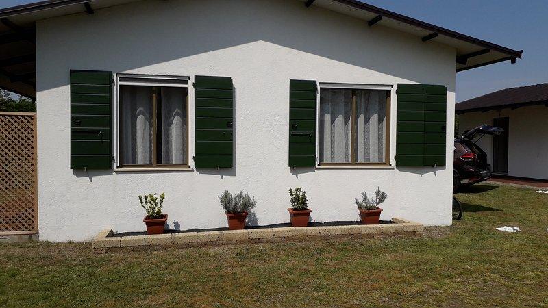 Casette singole immerse nel verde, aluguéis de temporada em Cavallino-Treporti