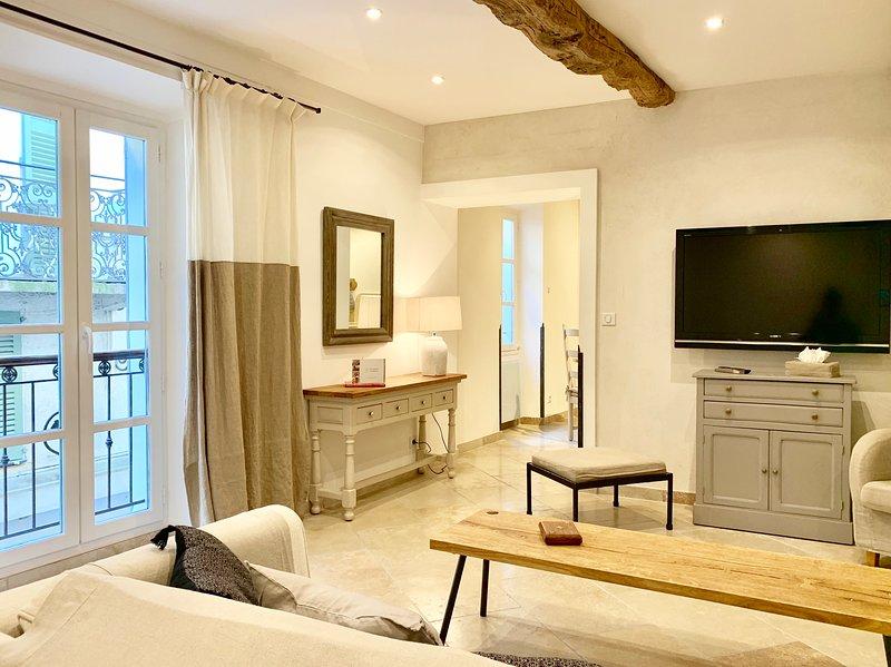 The Duplex - Ma maison à Valbonne, vacation rental in Valbonne