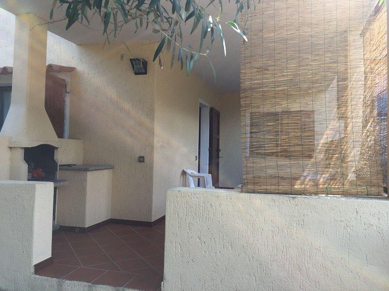 APPARTAMENTO CON GIARDINO, holiday rental in Bassacutena