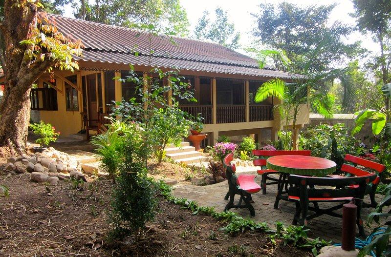 Buddha Bungalow, location de vacances à Mae Wang
