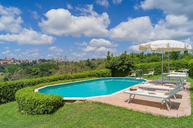 Villa la Strega, holiday rental in Taverne d'Arbia