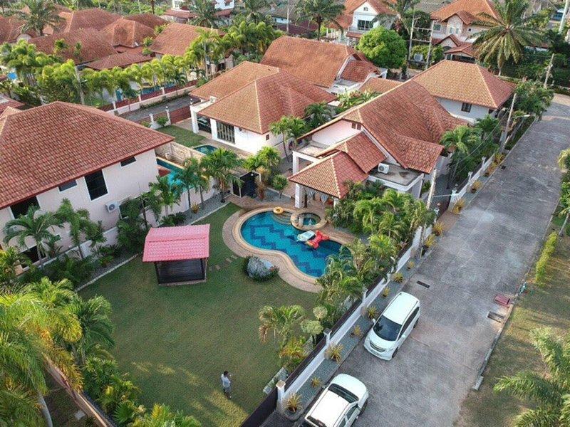 Pattaya Holiday Villa
