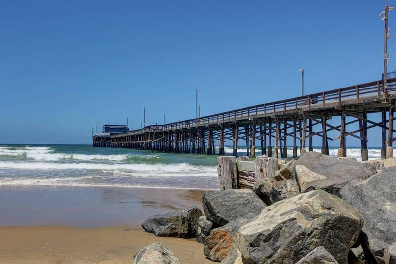 Newport beaches are clean and perfect for family & friends.