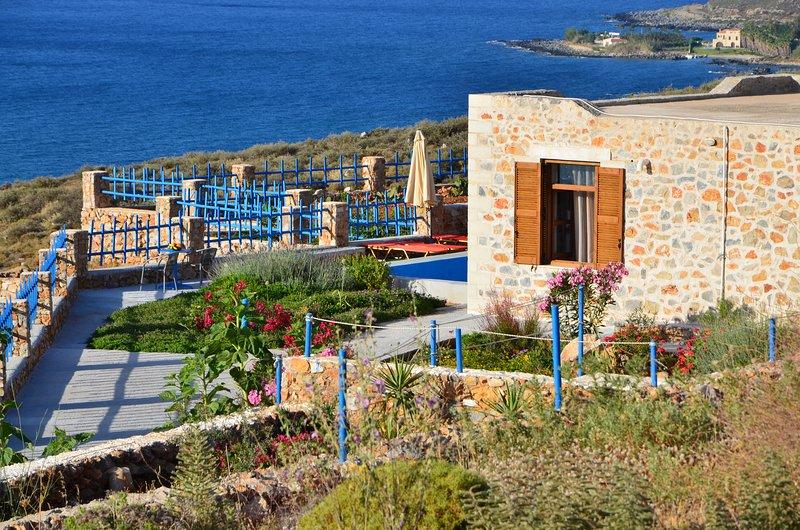 Villa Petres 1, holiday rental in Kato Valsamonero