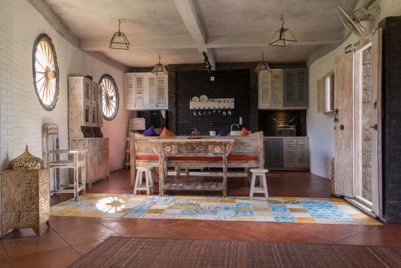 Ubud White Cubes with pool, location de vacances à Kedewatan