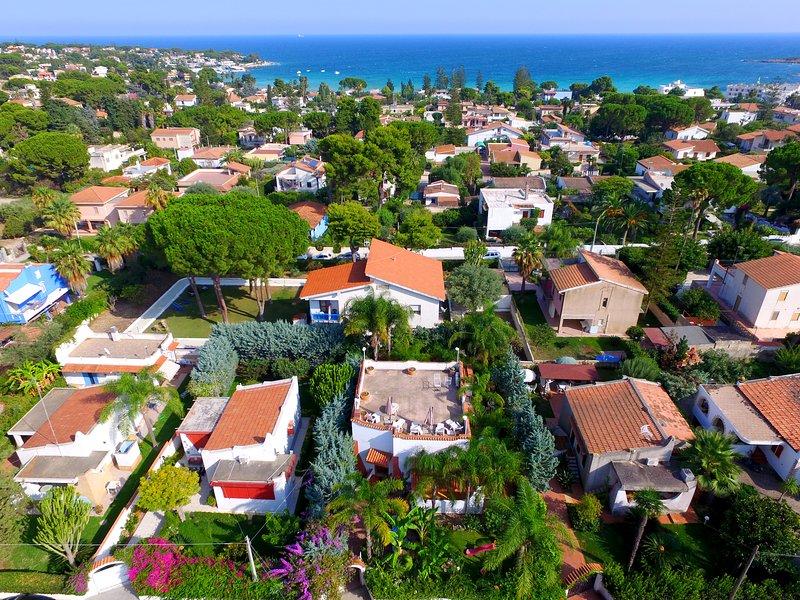 Sicilia Villa del sole, vacation rental in Cassibile