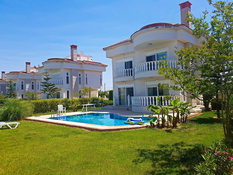 İdeal Villa for Relaxing Holiday with Private Pool, vacation rental in Belek