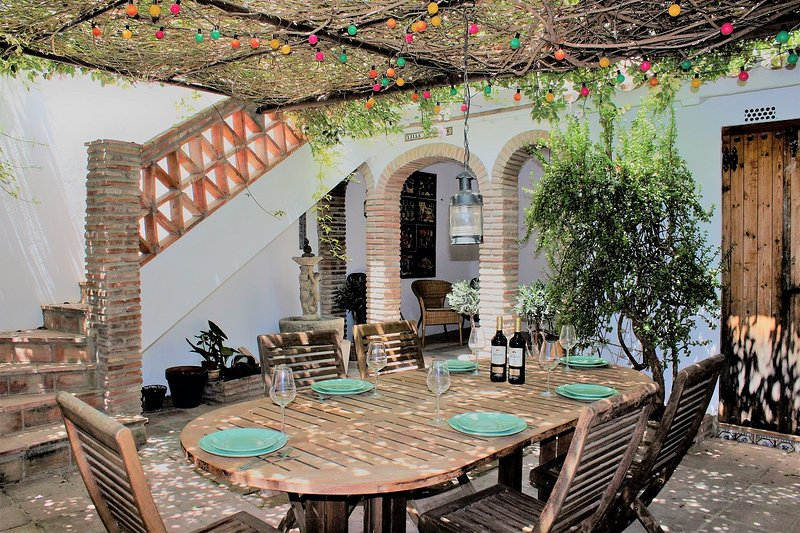 Townhouse in the heart of Old Town, Estepona, vacation rental in Estepona