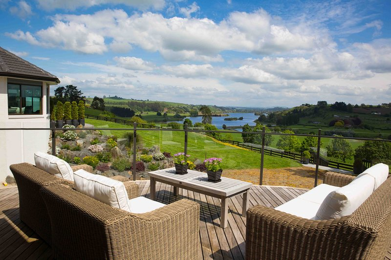 Outstanding views of Lake Karapiro from a private deck.