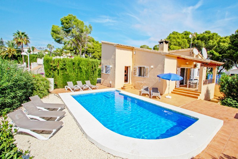 Paula - holiday home with private swimming pool in Benissa, location de vacances à Benissa