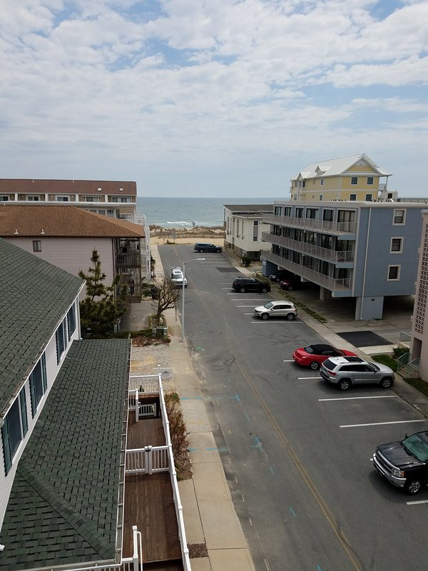 Awesome View & Beachy, Too! Regency Place, OCMD UPDATED