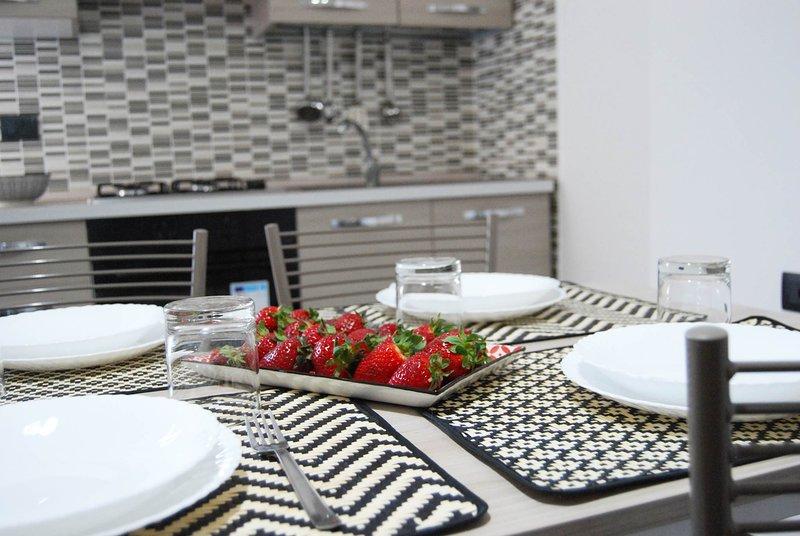 Crisvan Home Bilo con terrazzino, vacation rental in Le Cannella