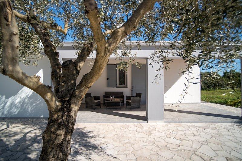 Residenza Figuruja----ecosostenibile/green, Ferienwohnung in Fertilia