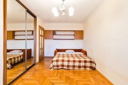 Comfortable 1 bedroom flat metro Akademicheskaya, vacation rental in Semyonovskoye