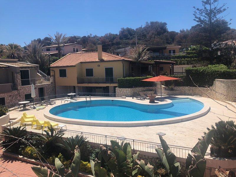 Nice house with pool access & Wifi, location de vacances à Augusta