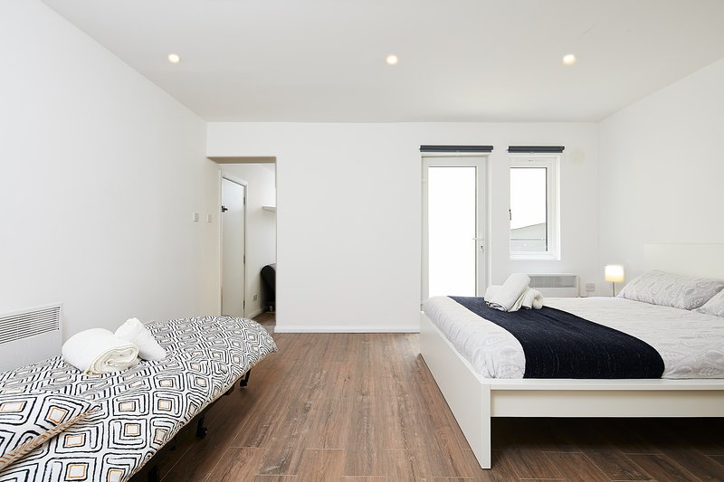 Charmstay Large, holiday rental in Wood Green