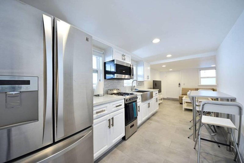 Fully stocked beautiful kitchen with all new appliances