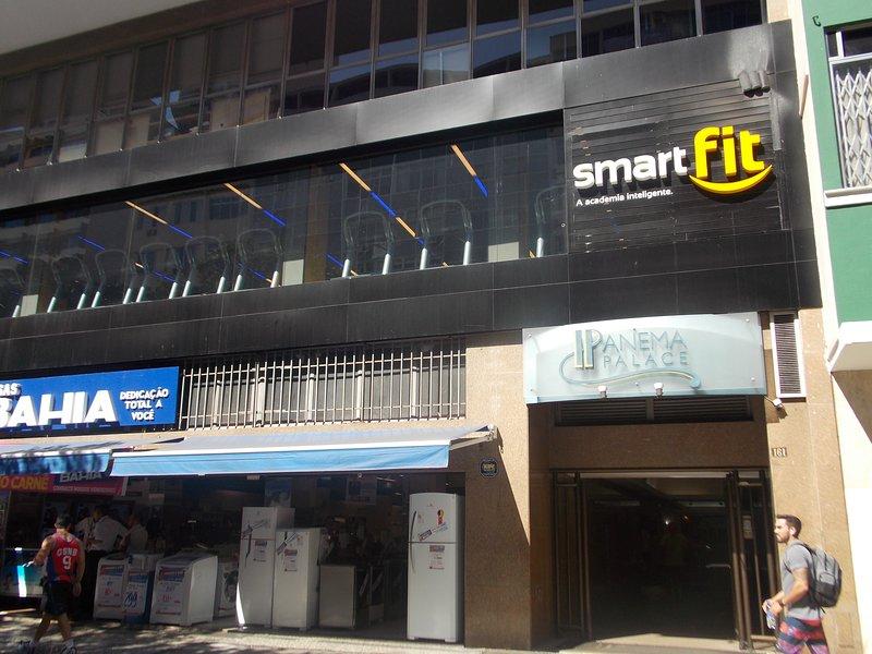 Inträde till Rua Visconde de Piraja 161, Smart Fit Gym på marken