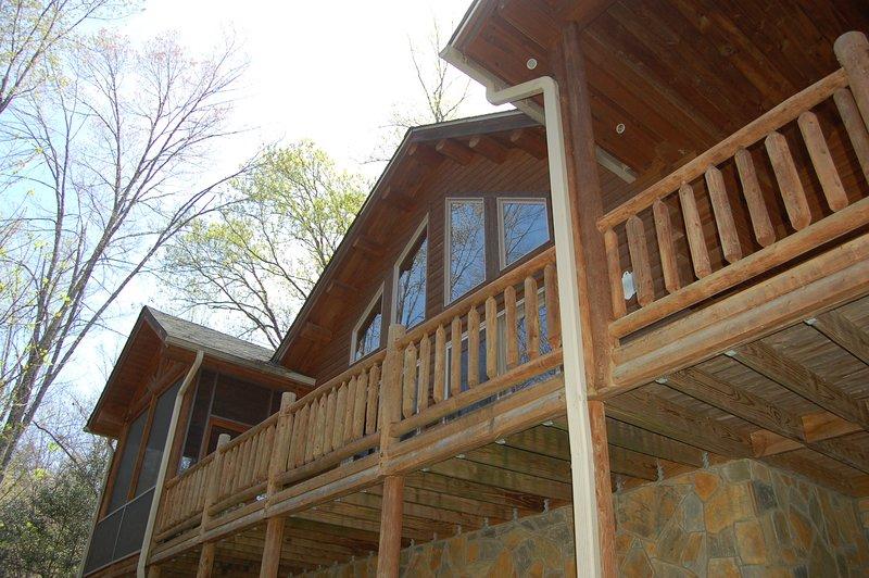 Serenity Falls, vacation rental in Vein Mountain
