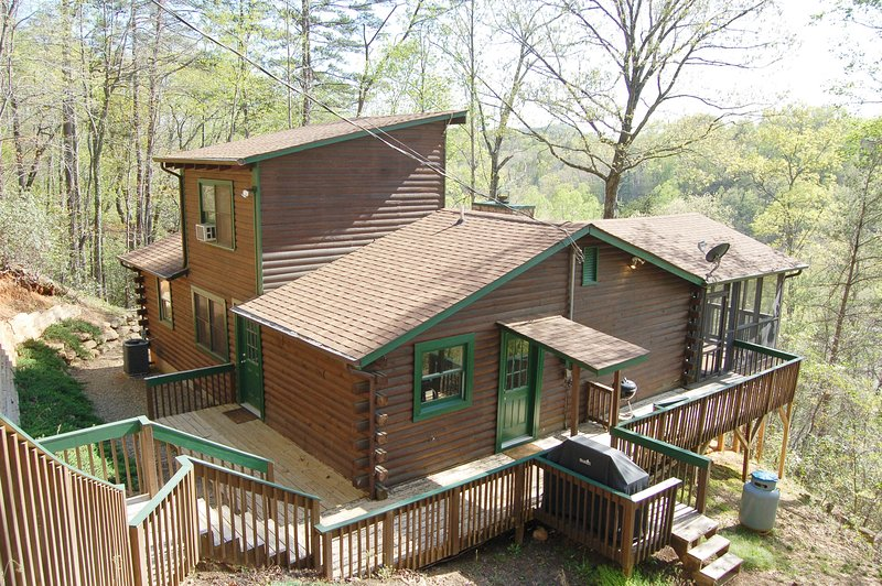 Logged Out, holiday rental in Chimney Rock
