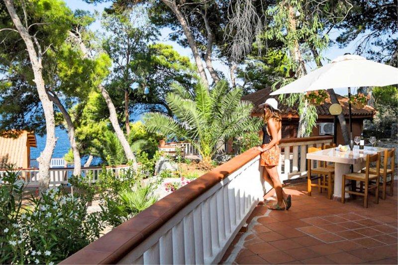 Residence Mer et Soleil - Bungalow Lipari, holiday rental in Bagheria