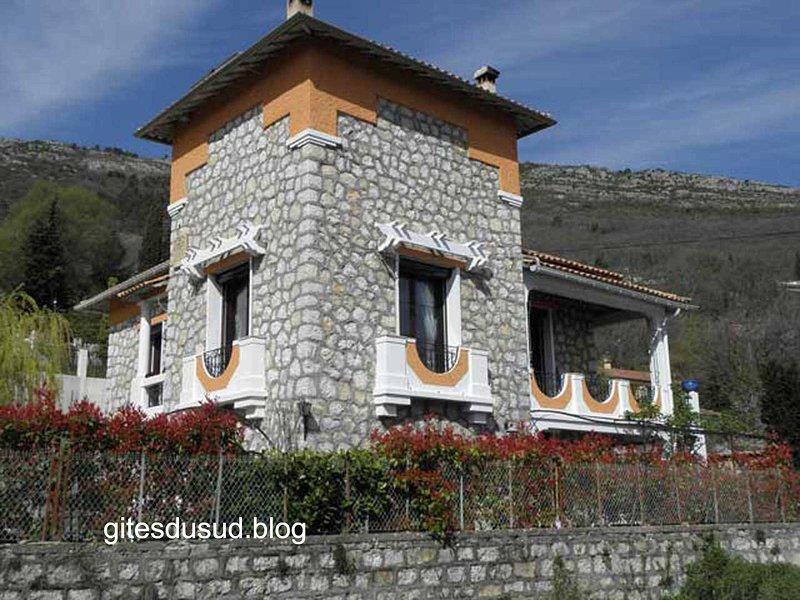 ⭐⭐⭐ Villa provençale dans l'arriére pays Niçois., location de vacances à Gilette