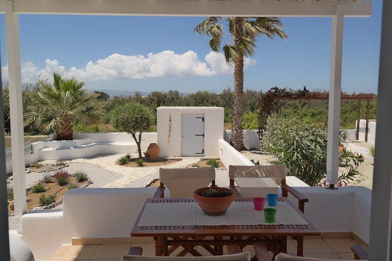 My Plaka Beach Vacation Home, holiday rental in Plaka