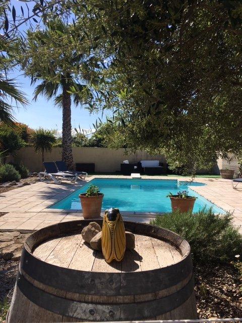 Villa Sud France, avec piscine privée et sécurisée, barbecue privé, location de vacances à Lespignan