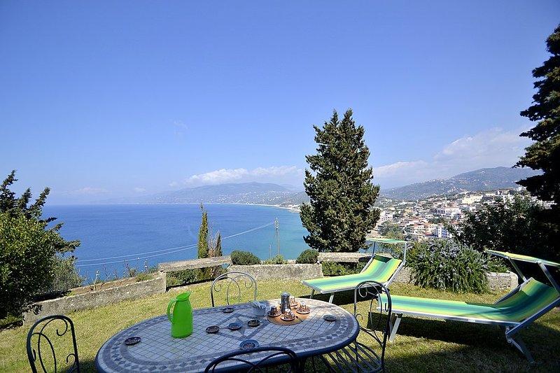 Villa Simpatia A, holiday rental in Palinuro