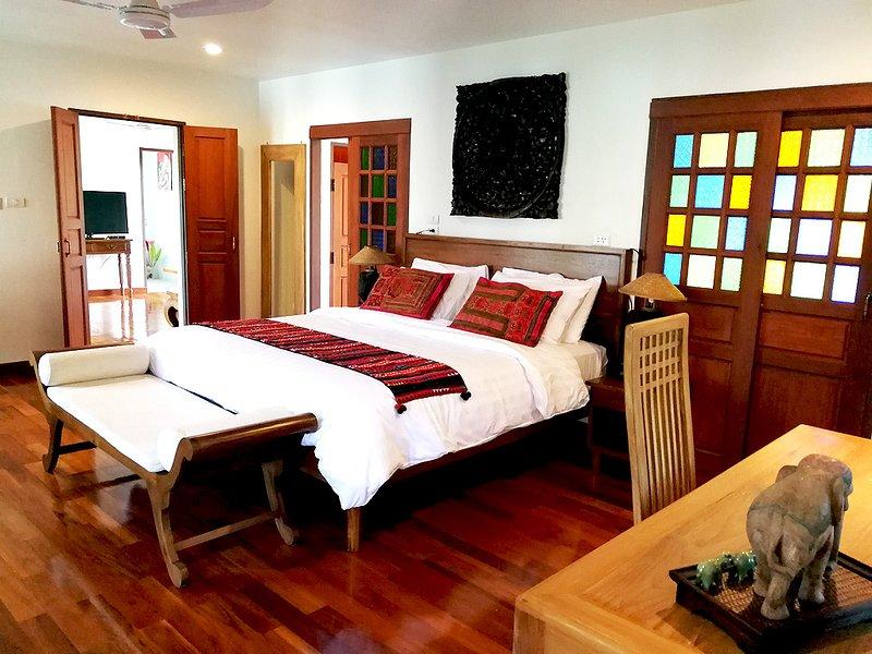 Gorgeous Hideout for Couples w/Jacuzzi bathtub, 1BR, 2BA & Kitchen - V3UP, holiday rental in Doi Saket