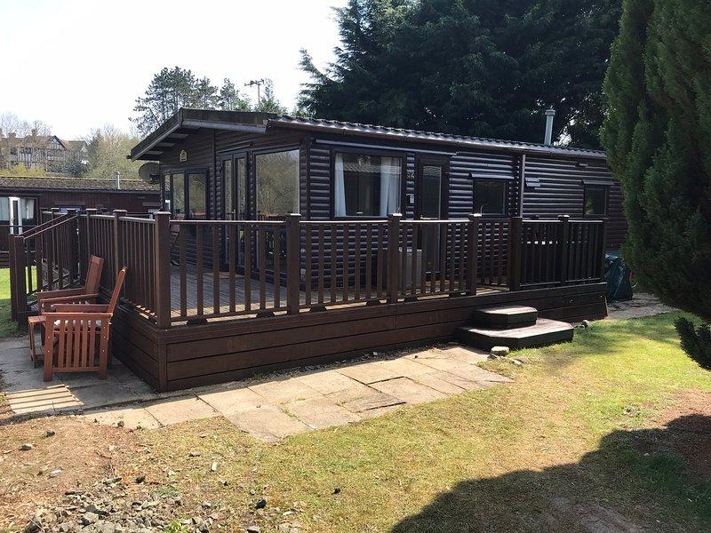 Sherdale, a lovely 3 bed lodge, Builth Wells, aluguéis de temporada em Gwenddwr