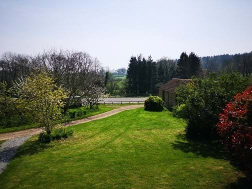 Farm cottage with garden, views, excellent walks, rides. Stabling also offered, holiday rental in Forest of Dean