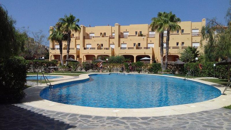 Duplex house in Puerto Rey Vera Playa 6p, holiday rental in Vera