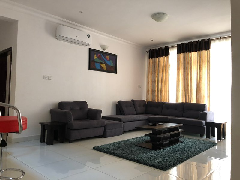 ShortLet: 3 Bedroom Apartment Lekki, holiday rental in Lagos State