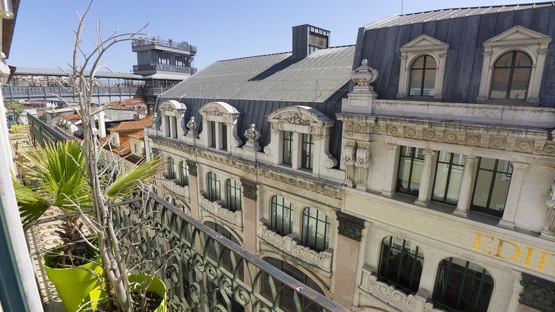 LV Premier Chiado CH2, holiday rental in Lisbon