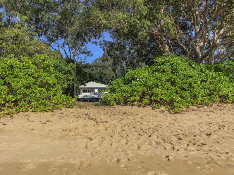 SEABREEZE BEACHFRONT *CLIFTON, vacation rental in Kewarra Beach