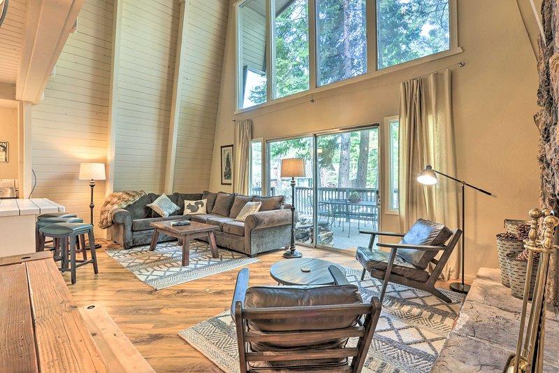 Trouvez votre point de départ idéal pour le lac Tahoe dans cette charmante location de vacances!