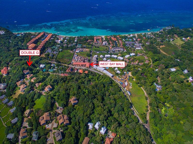 Vista aérea de Double G y West Bay Beach