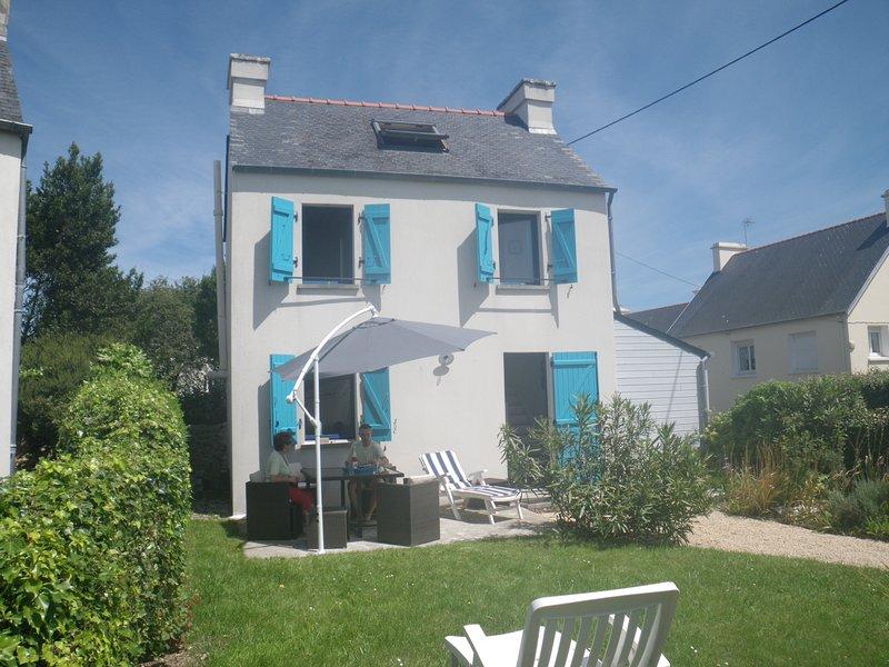 LA KERLOUSERIE - proche mer et GR34, holiday rental in Lesneven