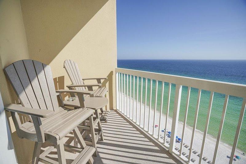 Balcon avec vue incroyable sur la plage et le golfe